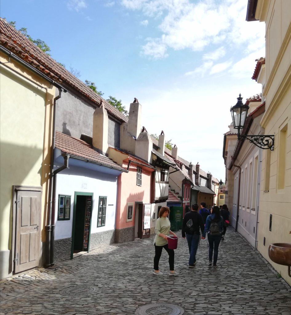 Marilena Pepe Organizzazione viaggi donne in giro Praga